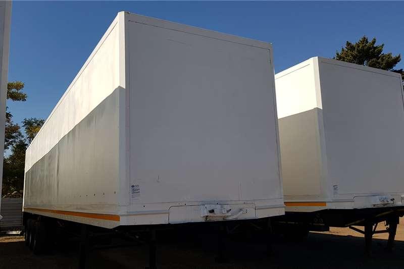 Serco Close volume body 14.75m Triaxle Trailers