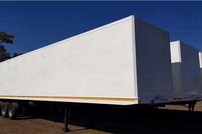 Serco Dry goods van 14.75m Triaxle Trailers
