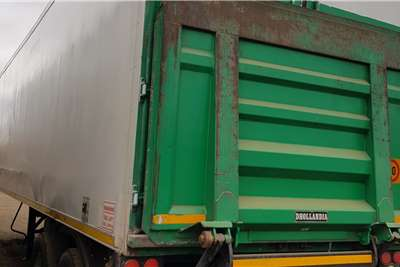Serco Refrigerated trailer 10,8m Dbl Axle, Thermoking Unit working Trailers