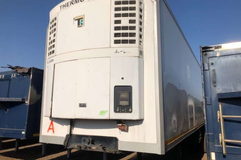 Serco Trailers Refrigerated trailer 3 Axle Refrigerated Body Trailer with unit 2008