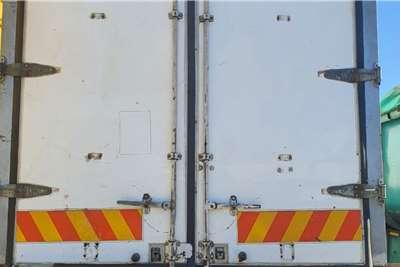 Serco TRI AXLE BOX BODY Trailers