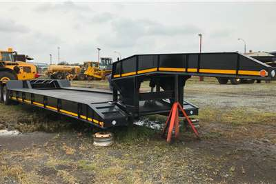 Superior Trailer New 4 axle lowbed Trailers