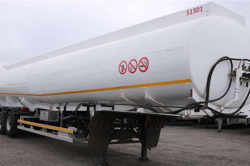 Tank Clinic Trailers Fuel tanker Tri   Axle 2014