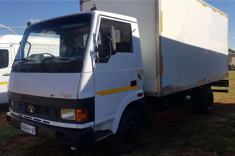 Tata Box trucks Tata 713 S Closed Body