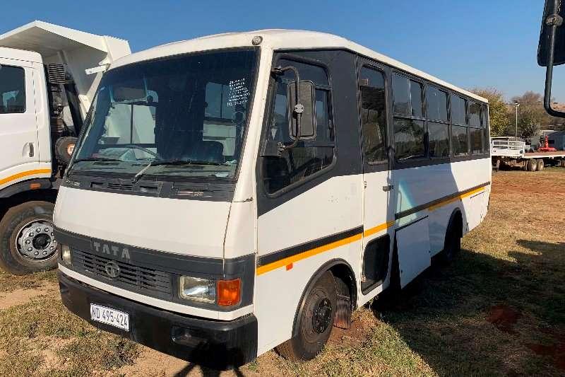 Tata Buses 27 seater TATA 713s bus 2005
