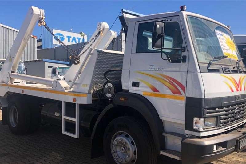 Tata Tata LPT 1518. Skiploader. 2020 Chassis cab trucks