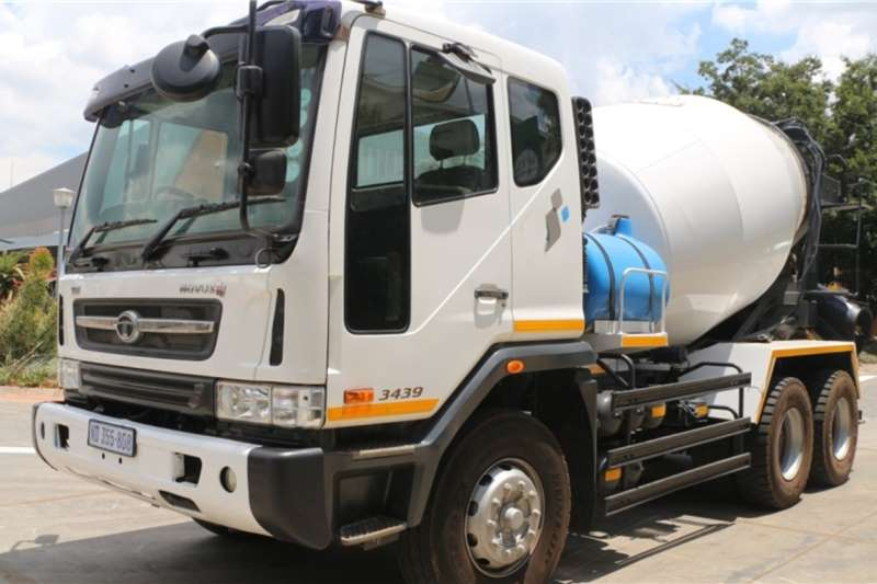 Tata Concrete mixer trucks Novus 3439 6x4 6m3 Cement Mixer 2014
