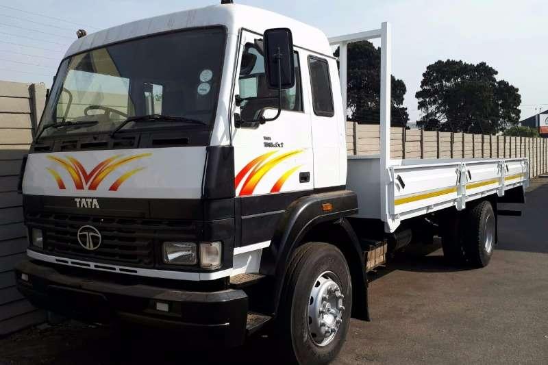 Tata Dropside trucks LPT1518 DROPSIDE 8T(Picture illustrative) 2011