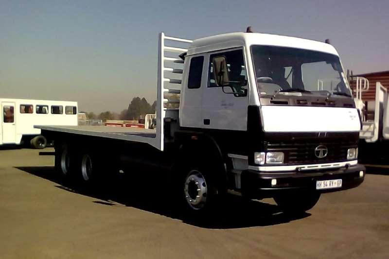 Tata Flatbed trucks TATA 2523 FLATDECK 2017