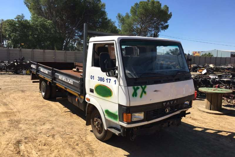 Tata LPT 713 S Stripping for Spares 2007