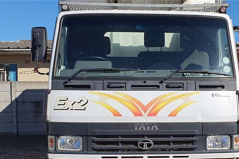 2014 Tata  LPT 913 TMSA 5 Ton WITH MEATHOOKS