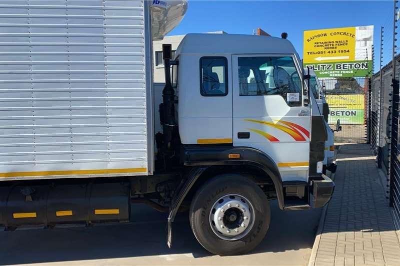 Tata 2011 Tata LPT1518 Truck