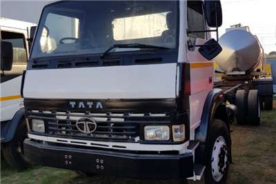 Tata Chassis cab TATA 1518C CHASSIS CAB Truck
