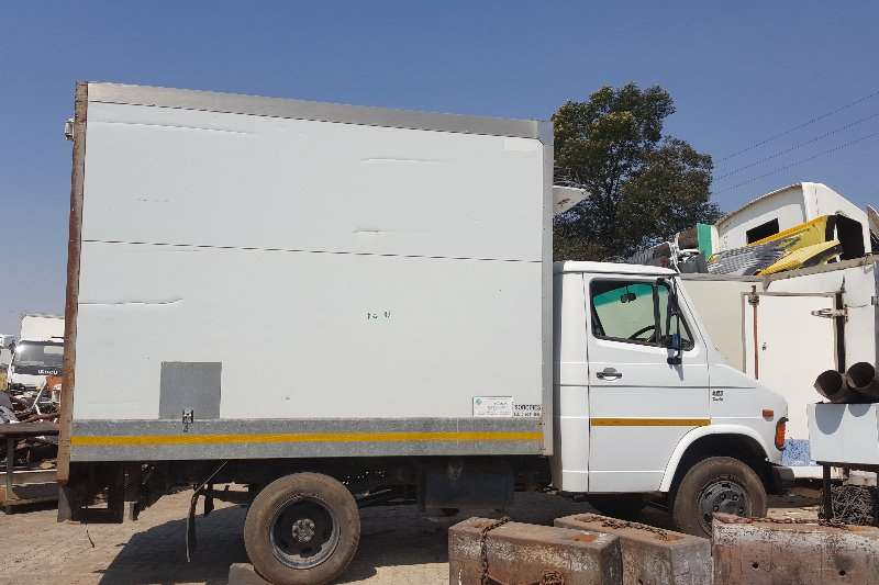 Tata Truck Fridge truck 407 2013