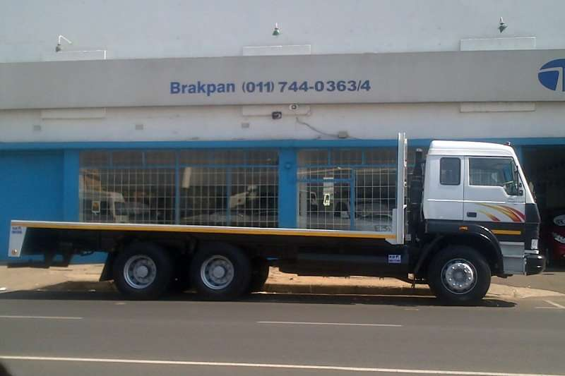 Tata LPT2523 14 Ton Truck