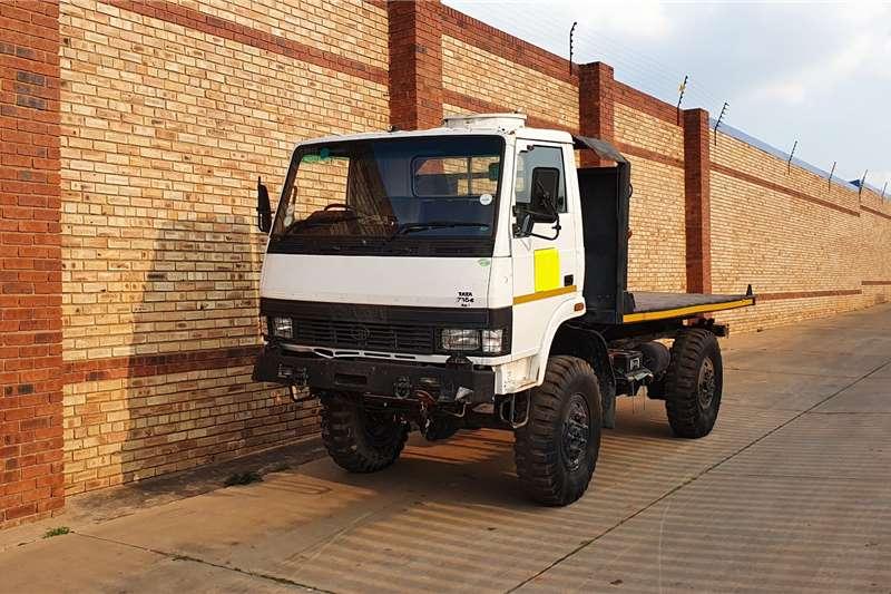 Tata Truck LPTA 713,4x4 FLETDECK 2016