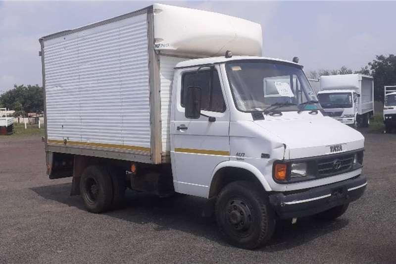 Tata Truck TATA LPT 813 SFC4072 VAN BODY 2007
