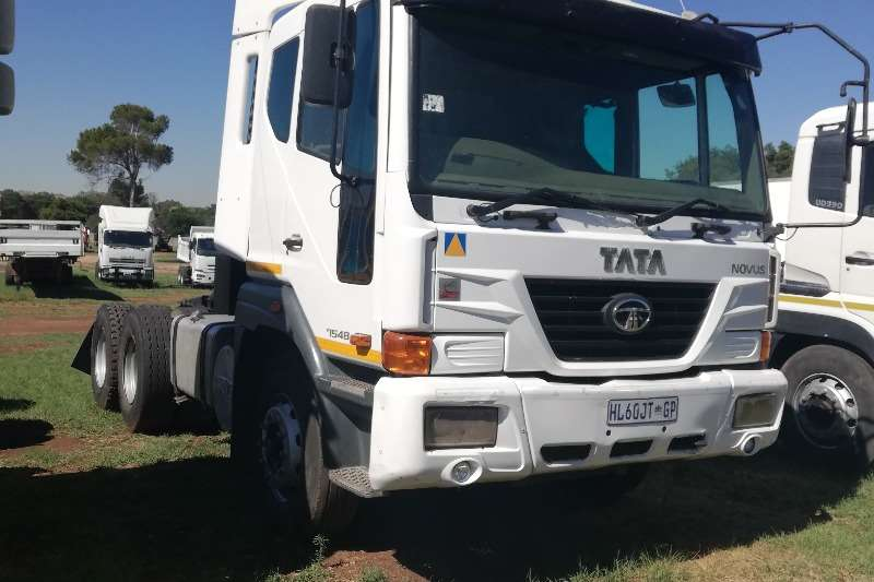 Tata Truck TATA Novis 7548 double diff with cummins engine 2013
