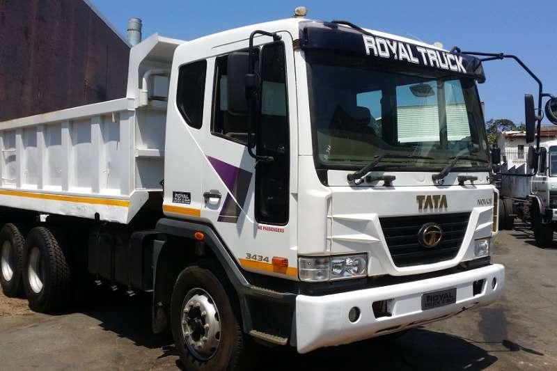塔塔卡车自卸车NOVUS 3434 2012