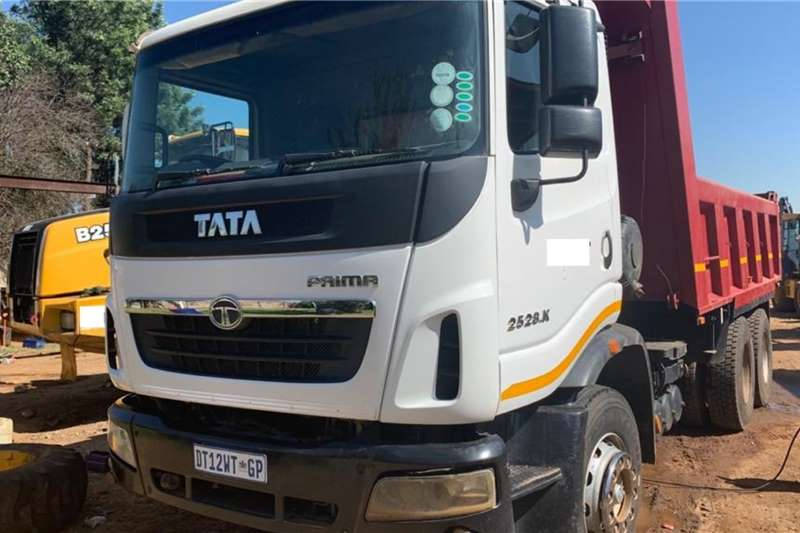 Tata Truck Tipper Prima 25 28K (10cube)   View by appointment  4 ava 2015