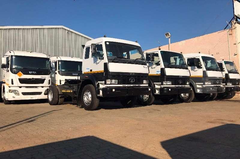 Tata Single axle LPT1518 TRUCK TRACTOR Truck tractors