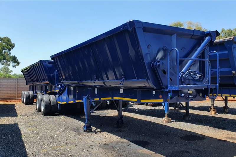 Top Trailer Trailers Side tipper 40M 2011