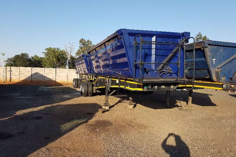 Top Trailer Trailers Side tipper 50 cub 2011