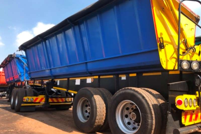 Top Trailer Trailers Side tipper SATB 45 CUBE SIDETIPPER INTERL;INKS 2014
