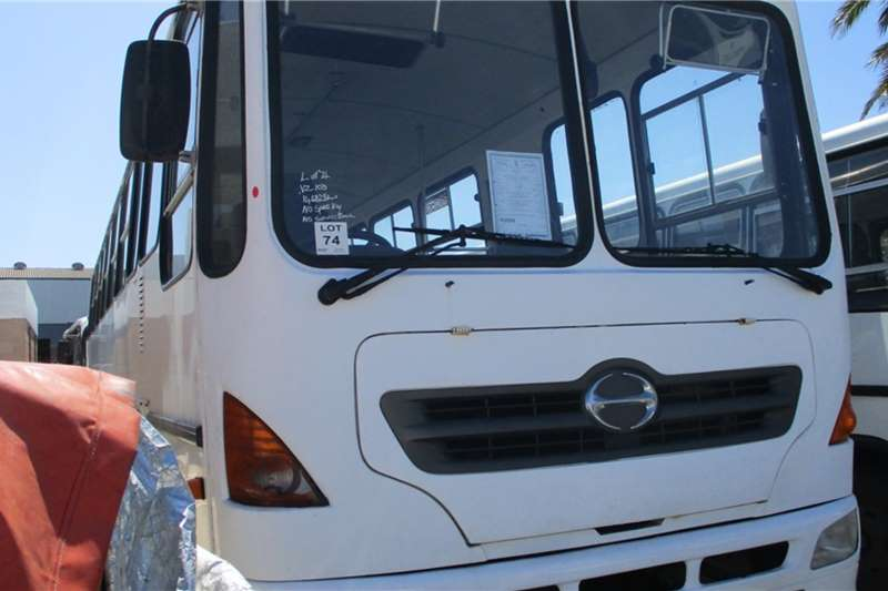 Toyota Buses Toyota Hino 10 176 35 Seater Bus 2007