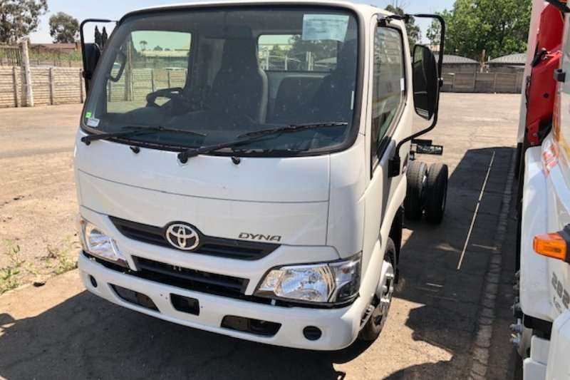 Toyota Chassis cab trucks New Dyna 150, can be driven by a LMV lic holder 2020