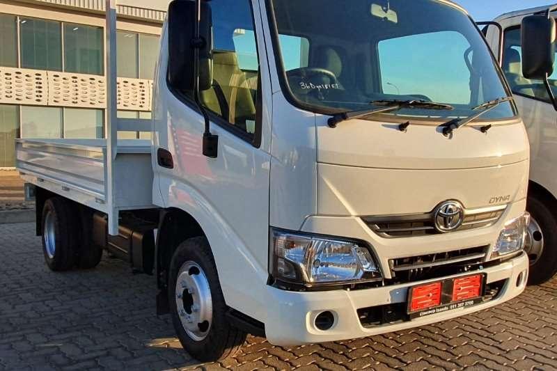Toyota Dropside trucks Toyota Dyna 150 2020