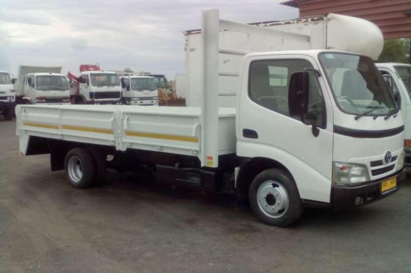 Toyota Dropside trucks TOYOTA DYNA 4 093 DRIVING SCHOOL DROPSIDE 2012