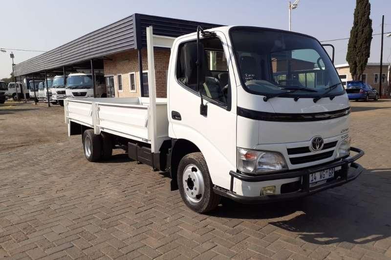 Toyota Dropside trucks TOYOTA DYNA 4093 DRIVING SCHOOL 2014