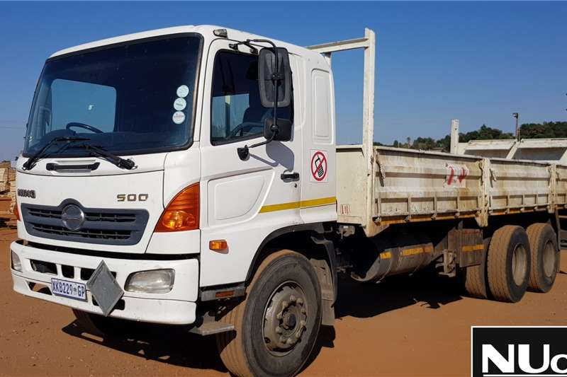 Toyota Dropside trucks Toyota Hino 500 Dropside with Tail Lift