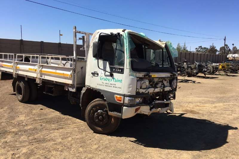Toyota Hino 9 136 Stripping for Spares 2003