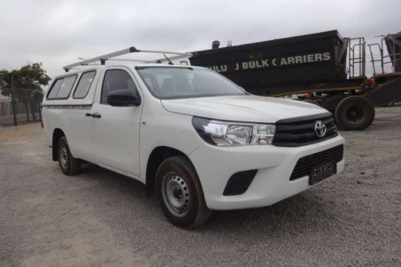 Toyota LDVs & panel vans Hilux 2.4 GD6 S/C With Canopy 2018