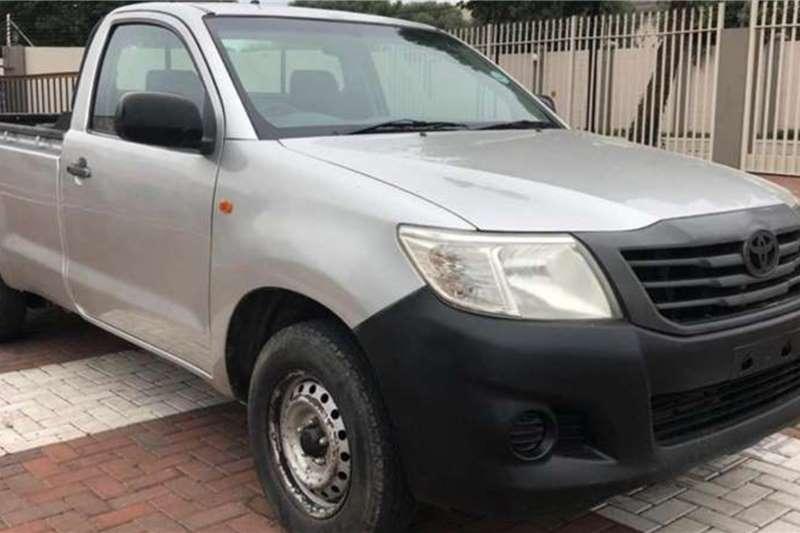 Toyota LDVs & Panel Vans HILUX 2.5D LWB P/U S/CAB 2012