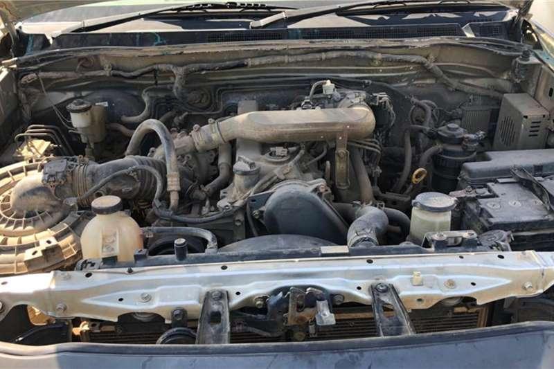 Toyota HILUX D4D 2.5 D4D LWB LDVs & panel vans