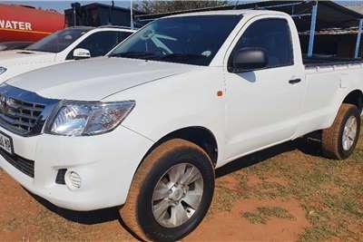 Toyota Hilux SRX S Cab Bakkie LDVs & panel vans