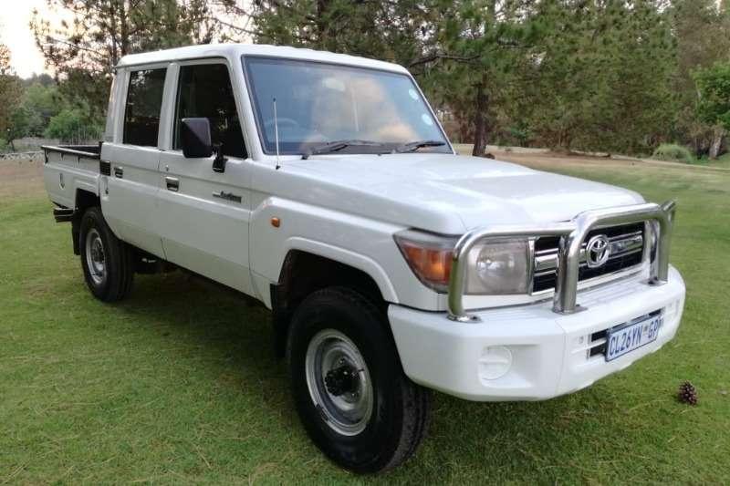 Toyota LDVs & panel vans Land Cruiser