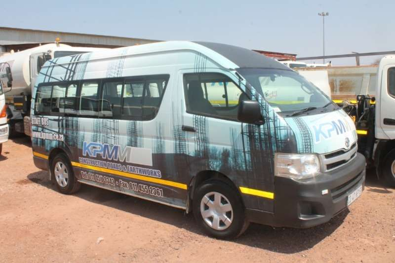 Toyota LDVs & panel vans Quantum 16 Seat Passenger Bus 2013
