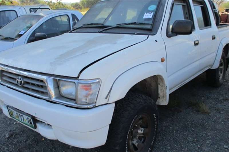 Toyota Toyota 2.7 Litre Petrol, Double Cab LDVs & panel vans