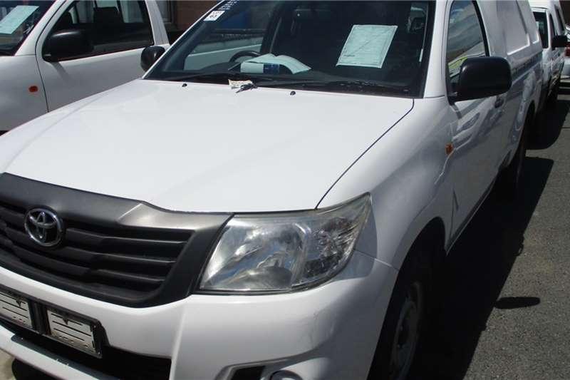 Toyota LDVs & panel vans Toyota Hilux 2.0 VVT Bakkie 2012