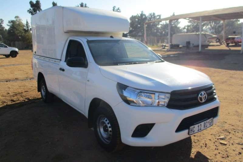 Toyota LDVs & Panel Vans TOYOTA HILUX 2.4 GD6 LDV WITH CANOPY 2017