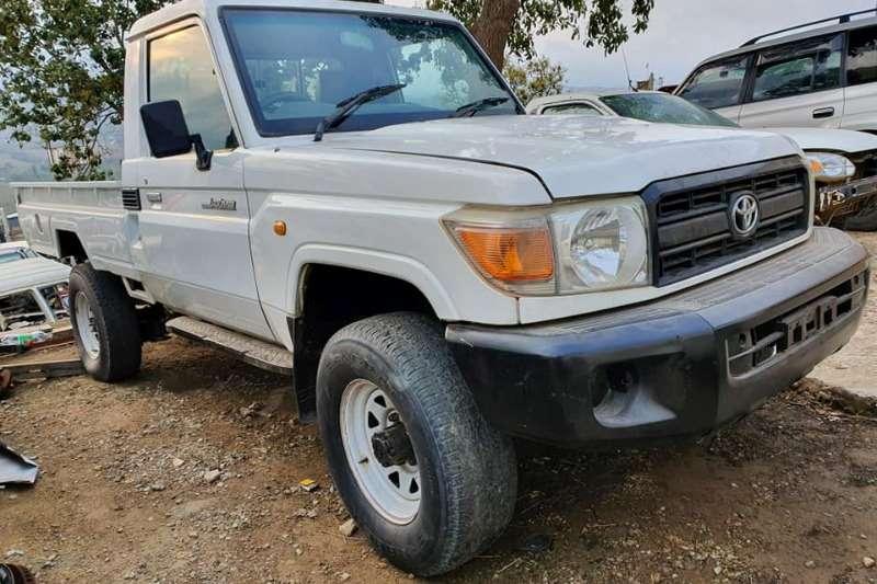 Toyota LDVs & panel vans Toyota Land Cruiser 4.0V6