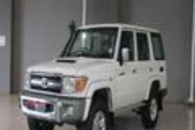 Toyota LDVs & panel vans Toyota Land Cruiser 4.2D V8 2014