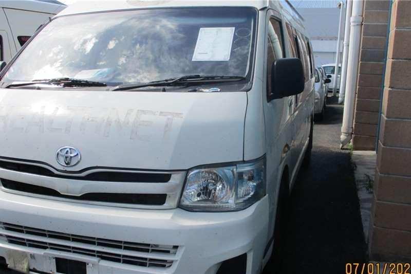 Toyota LDVs & panel vans Toyota Quantum 2.5D 14 Seater Minibus