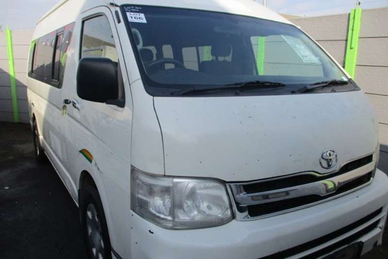 Toyota LDVs & panel vans Toyota Quantum 2.7 14 Seater Mini Bus 2013