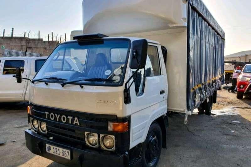 Toyota Truck Curtain side Toyota Dyna 4Y petrol   curtain sides 1994