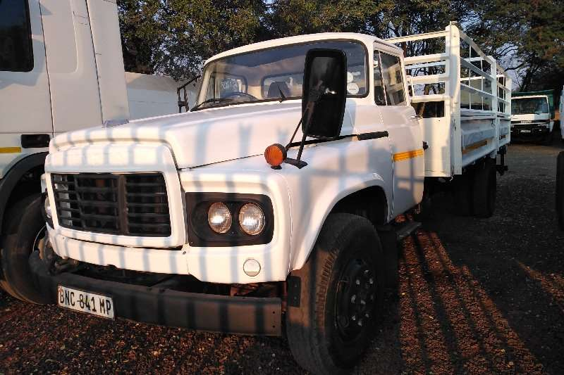 Toyota Truck Dropside 8 TON DROPSIDE WITH CATTLE BODY